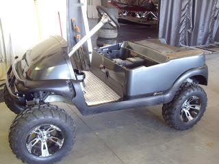 Custom steering wheel with a custom steering column