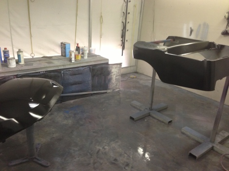 With the under body painted it was time to move onto the main body. We began by laying down a gloss black base coat.