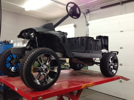 With the rear tires on we are making some good progress and starting to see the cart really coming together.