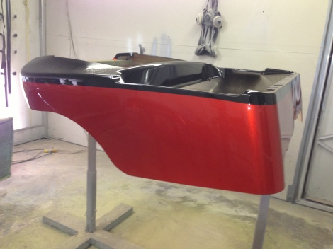 We removed the masking and hit this buggy body with 3 coats of clear, the depth of this paint job is fantastic.