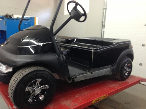 To ensure these owners didn't get their carts mixed up, we put silver pinstripes on this one.