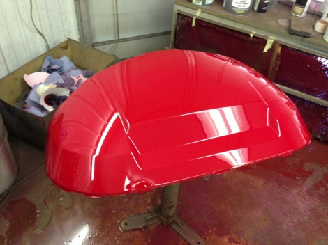 Here is the front cowling. This Precedent cowl looks awesome in this red.