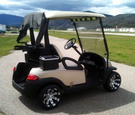 We must not forget that some of these Club Cars actually still get used for Golf! This clean electric buggy went to Gallagher's Canyon golf resort in Kelowna BC.