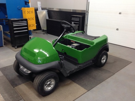In the spirit of a work cart our customer requested the John Deere green paint job on this electric Precedent.