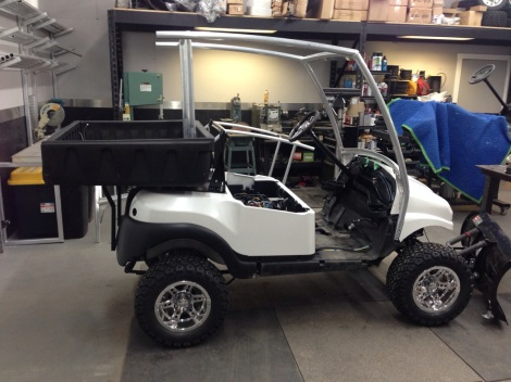 Here's a nice side shot of everything assembled, you can really see the cart taking on a cool UTV or side x side look.