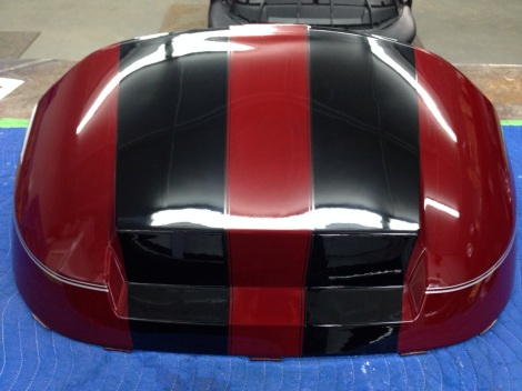 And like magic with a bit more polishing you can see how deep of shine these racing stripes have.