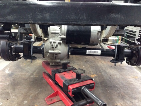 """This cool electric buggy is getting a 3"""" lift, this should help for those sand shots, or stray balls in rough!"""