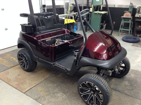 Here it is installed on the cart. You can really see this classy electric buggy coming together!