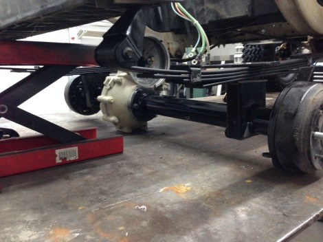 We then lowered the cart onto the rear end and fastened it to the HD suspension.