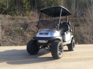 Another shot of this beautiful custom golf cart.