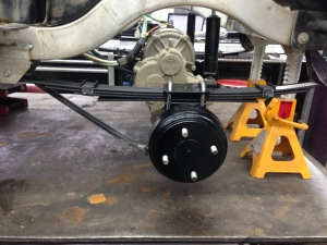 With the rear brakes overhauled we installed the freshly painted rear drums.