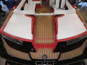 boatinterior