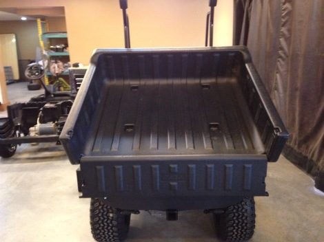 This box will give you a lot of carrying capacity and a great dump angle!