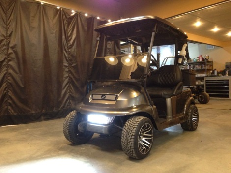 How sweet looking is this buggy!